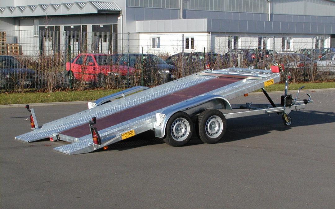 Autotransporter speziell für den professionellen Einsatz Tandemanhänger kippbar