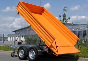 Multicar-Dreiseiten-Kipper